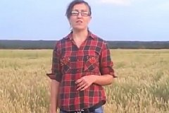 Фермерша из Курска грозит Путину