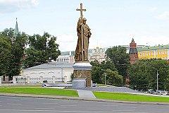 Князю Владимиру на Боровицкой площади быть!