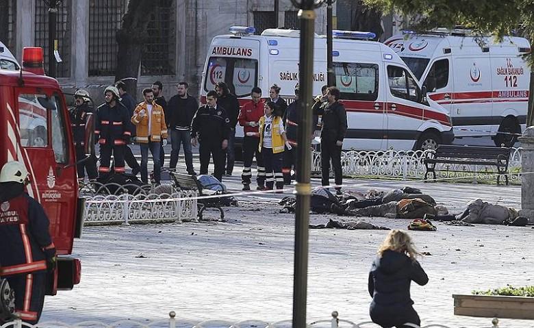 Жители Германии: 9 из10 погибших при взрыве вСтамбуле
