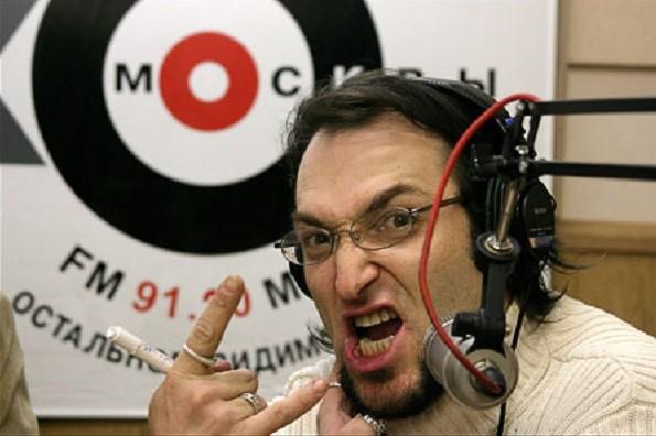 Тут все носятся с Зеленским. Как-так, пособник нацистов в российской комедии снялся! фото 2