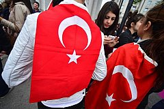 В Европу Турция отправляет неграмотных и больных беженцев, а образованных оставляет себе