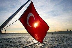 Всё ниже, ниже и ниже падает турбизнес в Турции