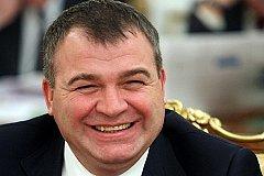Бывший министр Сердюков стал начальником ТЖС дома, где живёт Васильева