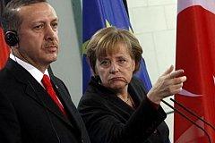 Меркель ответила на угрозу Эрдогана разорвать сделку по беженцам