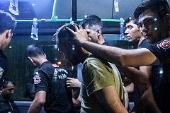 Десятки детей находятся в турецких тюрьмах после неудавшегося путча