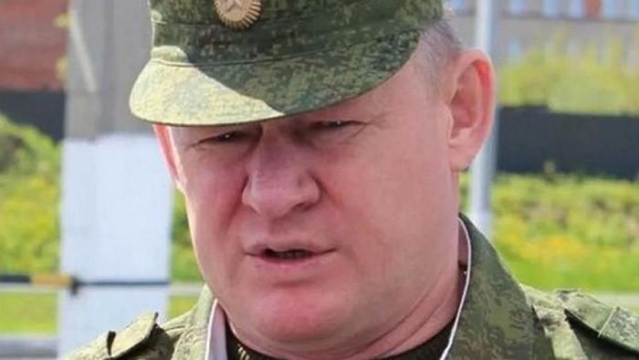 Командующим ВДВ Российской Федерации стал генерал Сердюков