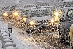 В Москве сильный снегопад и многокилометровые пробки