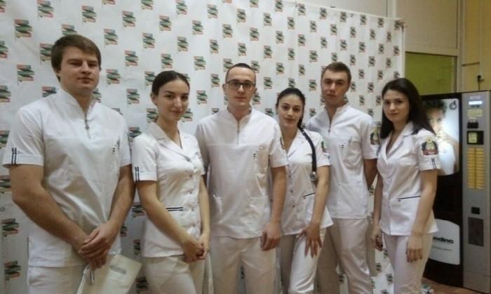 «Олимпийская» сборная СтГМУ. (слева направо) Роман Трифанов, Руслан Цуцаев, Андрей Васильев