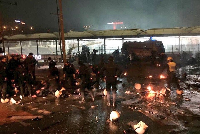 Устадиона «Бешикташ» произошел взрыв : докладывают  о неменее  20 пострадавших