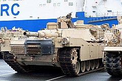 Если не для войны с Россией, то для чего США перебрасывают танки в Европу?