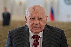 Путин поздравил Горбачева с днем рождения