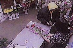 8 марта в Москве совершено разбойное нападение на магазин цветов