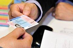 Обмен водительских прав продлили на год