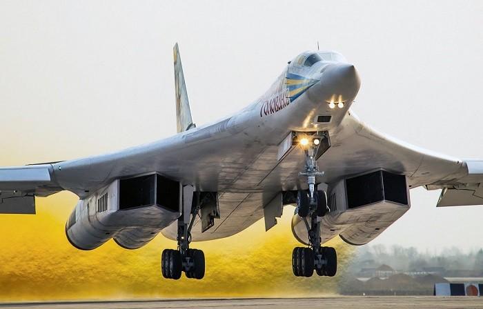 Шойгу анонсировал возрождение производства ракетоносцев Ту-160