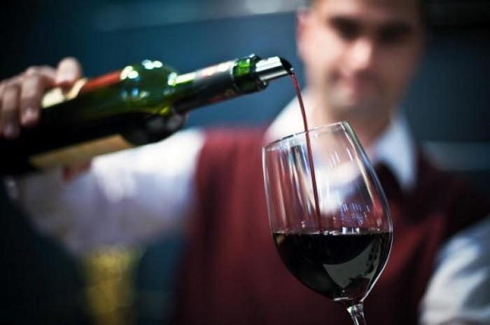 Красное вино защищает зубы откариеса— специалисты