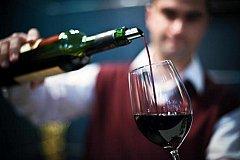 Красное вино спасает от кариеса