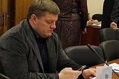 Депутат из Курска за угрозу расправы отделался мини-штрафом
