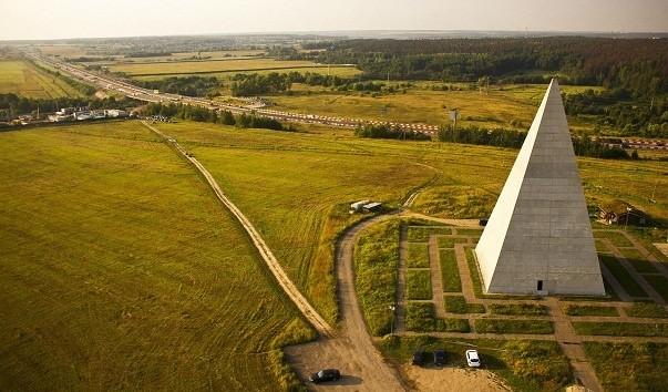 ВПодмосковье восстановили пирамиду Голода