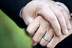 В однополый брак вступили мусульмане в Великобритании