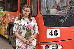 Девушка-водитель спасла пассажиров троллейбуса