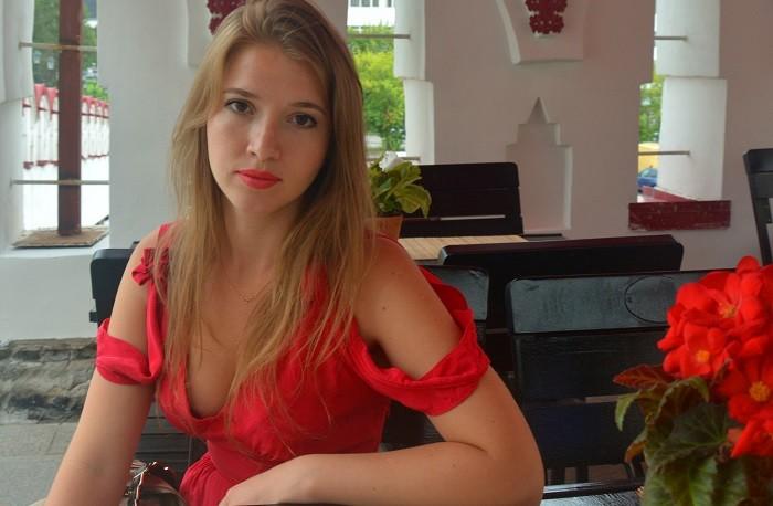 Художница Юлия Зелинская. Фото из личного архива.