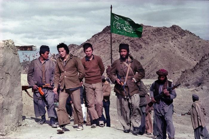 Пленные советские солдаты. Афганистан. Архивное фото:  fishki.net