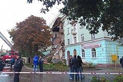 В день запланированных противоаварийных работ дом в Орле рухнул