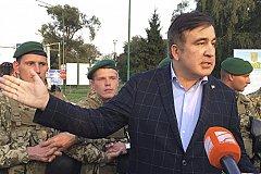 Оцепление силовиков не смогло удержать Саакашвили от прорыва на Украину