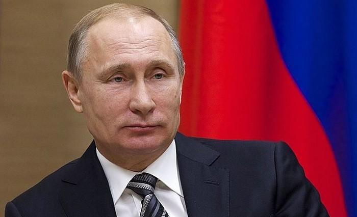 Владимир Путин поручил подготовить законодательный проект обобороте алкоголя вовремяЧМ