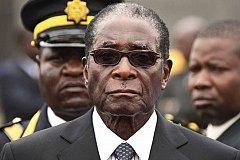 Военные Зимбабве взяли в заложники президента