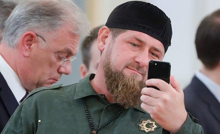 Агрегатор авиабилетов «заменил» Кадырова в социальная сеть Facebook
