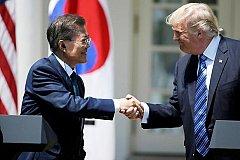 Южная Корея и США временно отложили учения