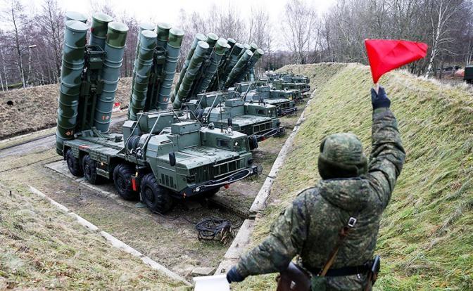 Развёрнутые вКрыму С-400 «прикроют» границу с Украинским государством