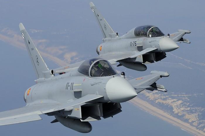 Английские истребители вылетели на«перехват» русских бомбардировщиков