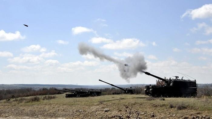 Батарея турецких САУ T-155 «Firtina» работает по опорным пунктам YPG в кантоне Африн