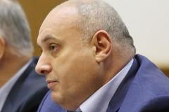 Обвиняемый в превышении полномочий мэр Махачкалы Мусаев задержан