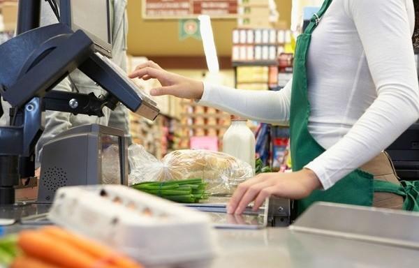 В России испытывается сервис по снятию наличных денег на кассах магазинов фото 2