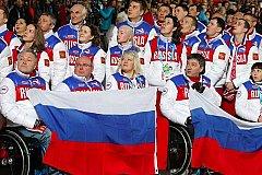 Российские паралимпийцы отказались нести флаг