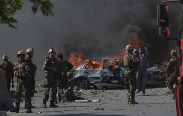 ВКабуле террорист-смертник намотоцикле иего приятель подорвали 25 человек