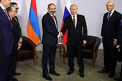 Путин и новый премьер Армении Пашинян встретились в Сочи