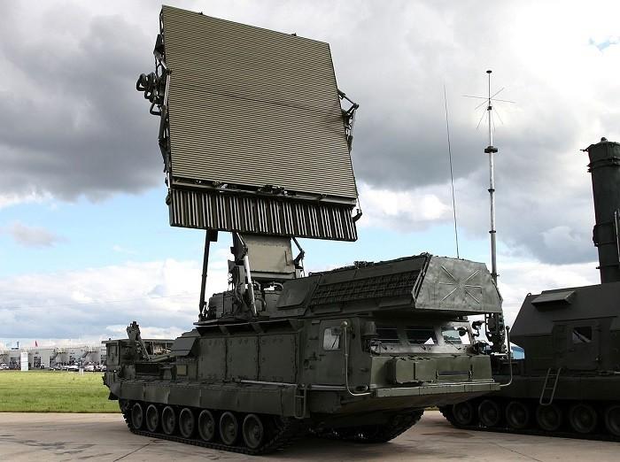 Радиолокационный обнаружитель 9С15М2 зенитно-ракетного комплекса большой дальности С-300В4