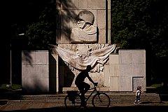 Власти Варшавы намерены демонтировать памятник Благодарности Красной армии