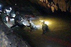 Шестеро детей спасены из затопленной пещеры в Таиланде