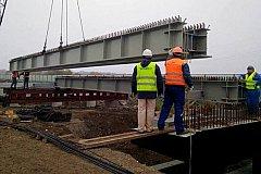 Крымский мост быстрее строили…
