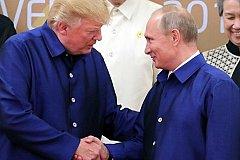 Трамп набивается к Путину в друзья
