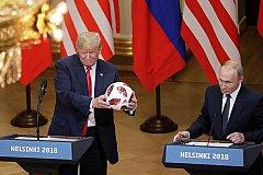 Политики США в ужасе от подарка Путина и обвиняют Трампа в предательстве