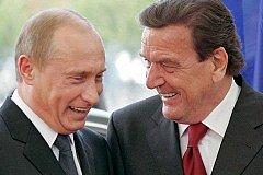 Путин планирует посетить свадьбу Шредера