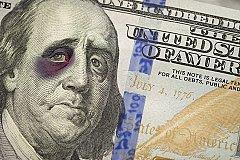 Россия начала активно избавляться от доллара