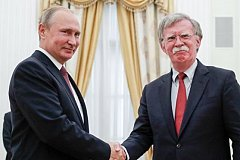 На переговорах с Болтоном Путин пошутил на тему герба США и их политики