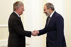 Пашинян не против закупать оружие для Армении у США